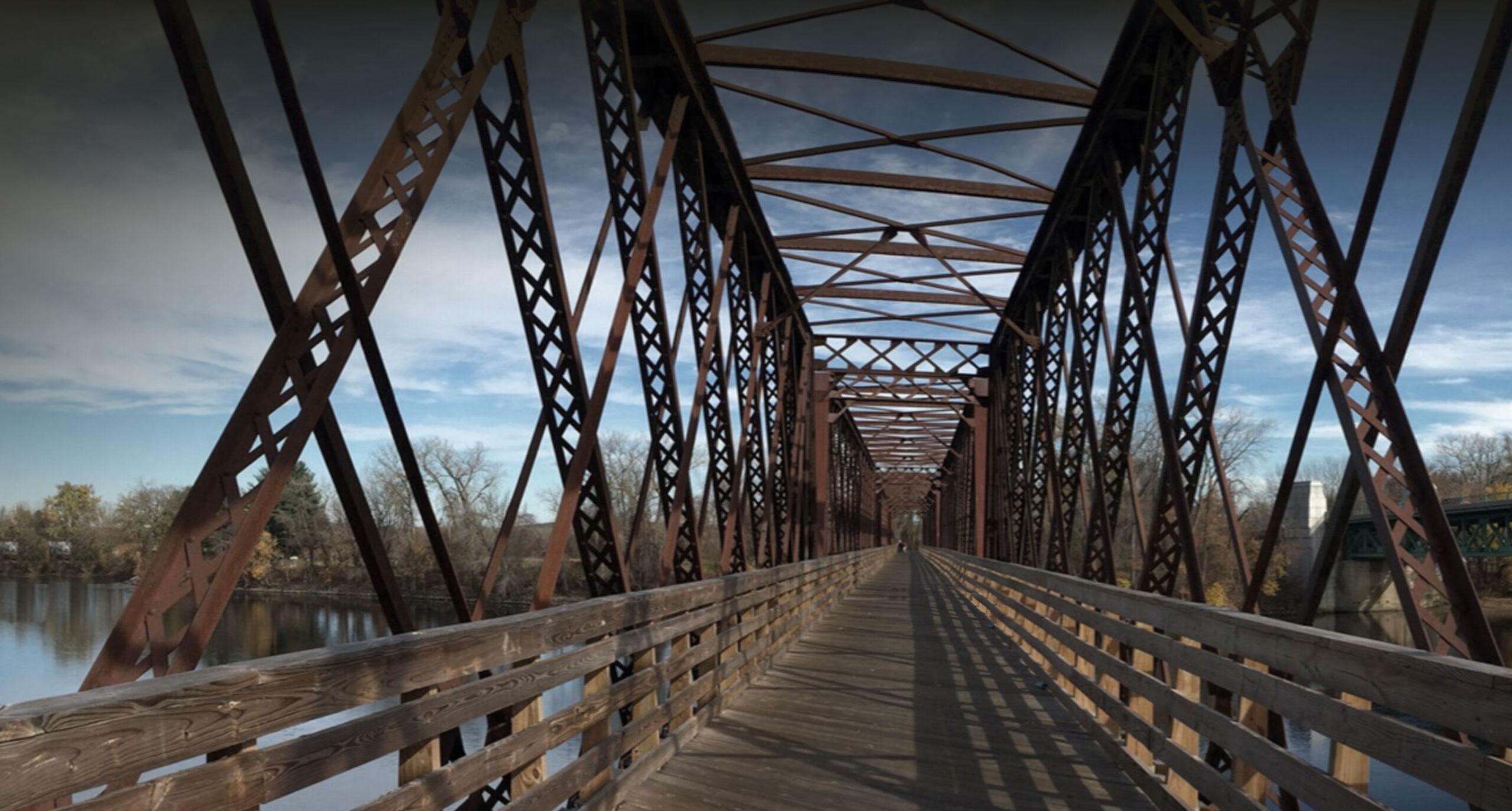 Bridge over the Connecticut River on the Norwottuck Rail Trail, Northampton, MA 01060.